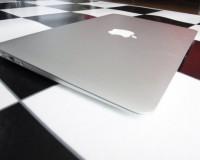 ドコモのXi(クロッシィ)割引でMacBook Air 2011モデルを買ってきた