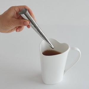 ティーインフューザーの使い方(お茶の中へ)