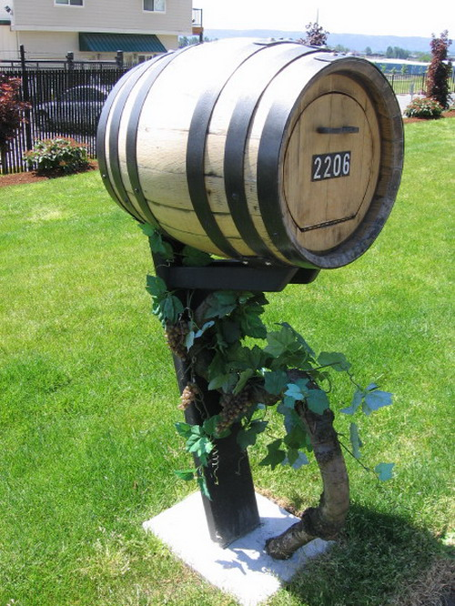 barrel-mailbox-04