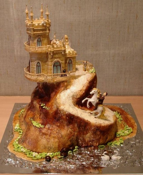 beautiful-and-creative-wedding-cakes-11