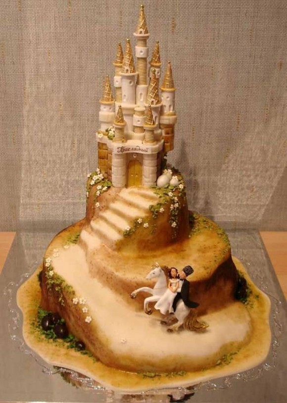 beautiful-and-creative-wedding-cakes-12