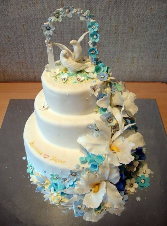 beautiful-and-creative-wedding-cakes-16