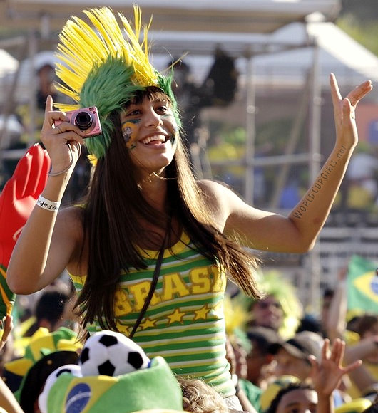 brazilian-girl_world-cup-2010_09