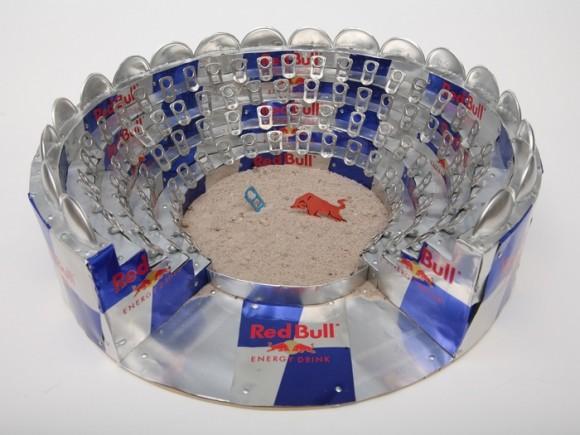 コロッセオ Red Bull空缶アート