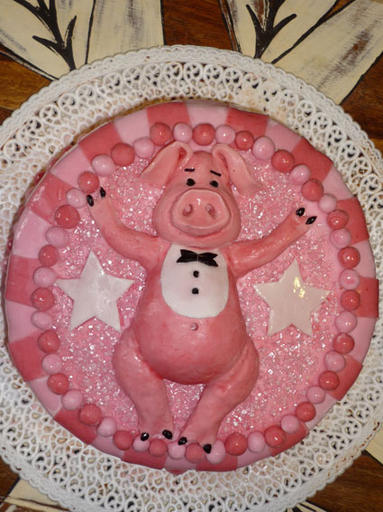 funny-real-pig-cake-22