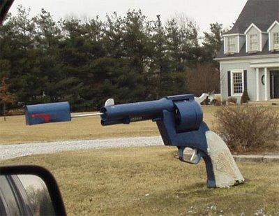 gun-mailbox-27