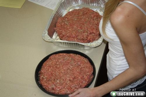 hottie-makes-a-double-decker-pizza-burger-pics-09