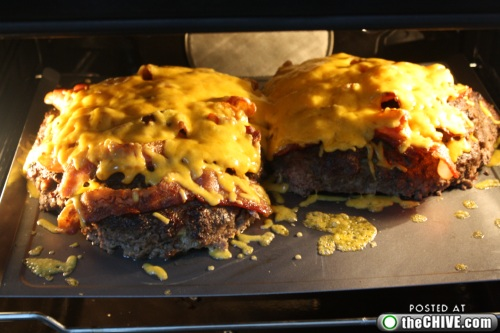hottie-makes-a-double-decker-pizza-burger-pics-16