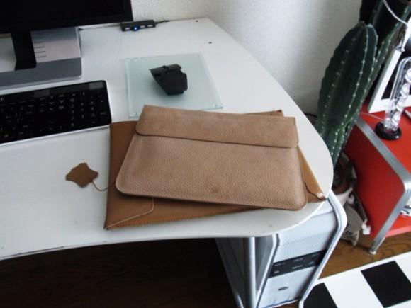 おすすめのiPad用 本革 ケース2つ