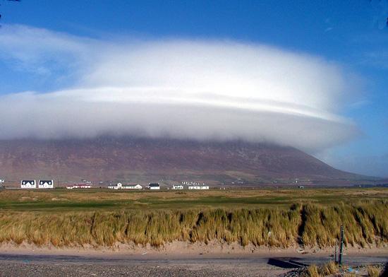lenticular-cloud