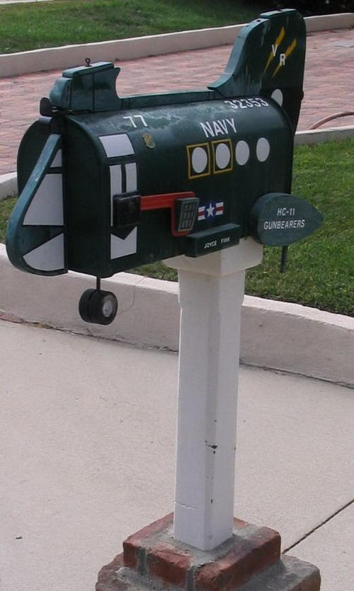navy-mailbox-07