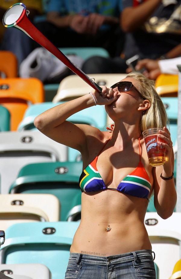 south-african-girl_world-cup-2010_09