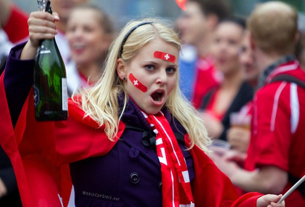 swiss-girl_world-cup-2010