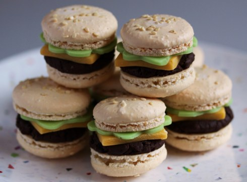 hamburger-macarons-03