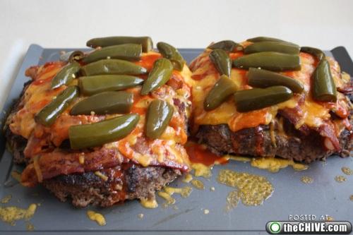 hottie-makes-a-double-decker-pizza-burger-pics-20