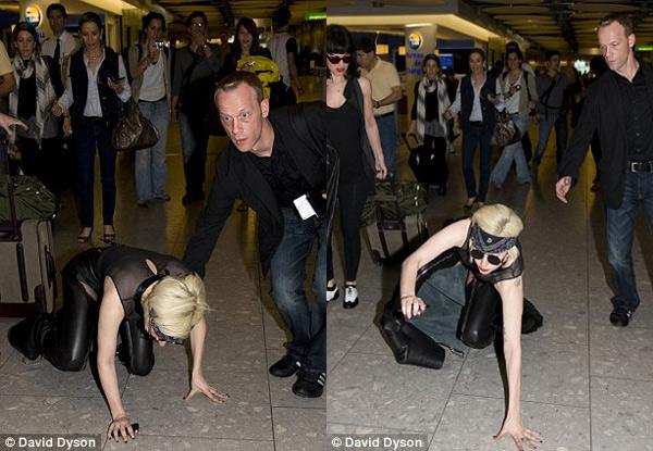 lady-gaga-falling-down-in-london2