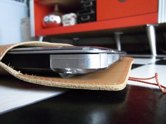 MacBook Air用封筒風ケースのアップ写真
