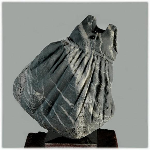石のワンピース